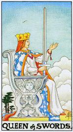 13. Королева Мечей Таро Райдера Уэйта