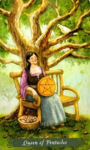 Королева Пентаклей The Green Witch Tarot (Таро Зеленой Ведьмы)
