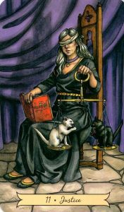 11 Правосудие Everyday Witch Tarot