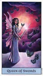 Королева Мечей Crystal Visions Tarot
